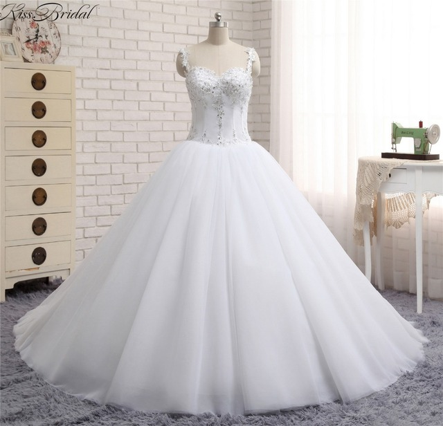 New Fashion 2018 Organza White Wedding Dresses Sweetheart Long Train Bride Dress Sleeveless Vestidos De Noivas