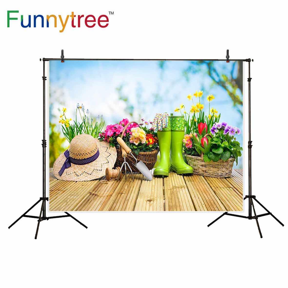 Funnytree Herramientas De Jardinería Y Flores En La Terraza En El Jardín Fondos De Decoración Para Fondo De Estudio Fotográfico