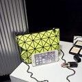 RIMA vendas quentes Coreano Mensageiro saco cadeia Lingge preto e branco geométrica mini packet feminino bolsa saco simples