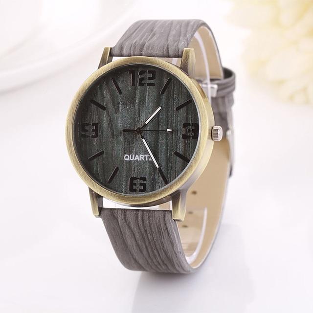 New Vintage Wood Grain Clock Fashion Women Quartz Watch Special Design Leather Band Wristwatches Gift Montre Femme