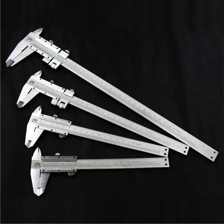 125~300mm vernier caliper Laser calibration, the readings are clear, the precision is 0.02mm