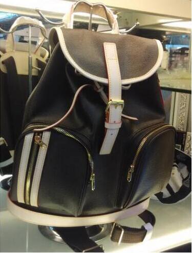 Livraison gratuite! !! 2019 nouvelle mode vente chaude en cuir véritable sacs à dos hommes et femmes sacs à dos