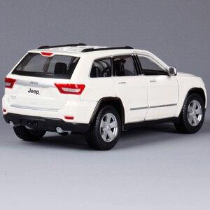 Image 4 - Maisto 1:24 Jeep Grand Cherokee SUV Diecast Modell Auto Spielzeug Neue In Box Freies Verschiffen 31205