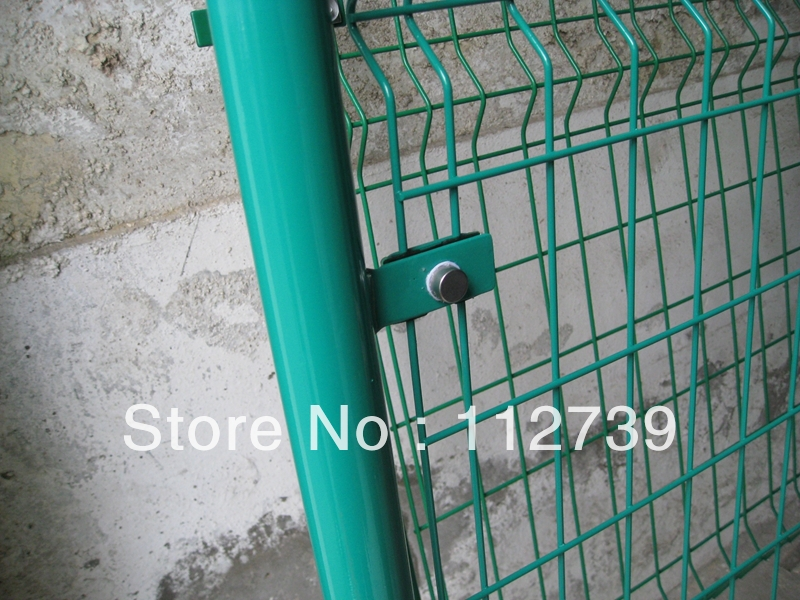 Post Size 48*1.5mm*2.2m, Welded Mesh Fence,Using Clips to Connect ...