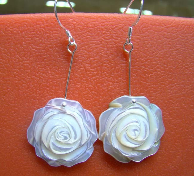 Beautiful! [Hepu flagship store] 925 natural pearl shell earrings silver rose Yingou
