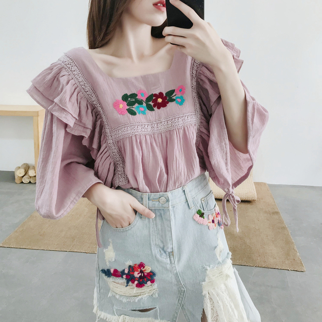 8e799c3d722 2018 Summer Wear French Women Sweet Lantern Sleeve Floral Embroidery Shirt  Loose Large Size Cotton and