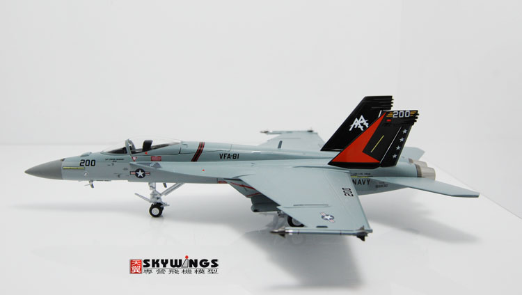007-013 F/A-18E Witty super large wasp Sunliners 1:72 US Navy Finished Model