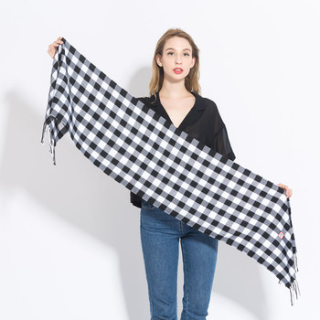 LaMaxPa 2018 Winter Plaid Scarf For Fashion Women Wool Pashmina Warm Shawls and Wrap Cashmere Long Tassel Female Blanket Foulard