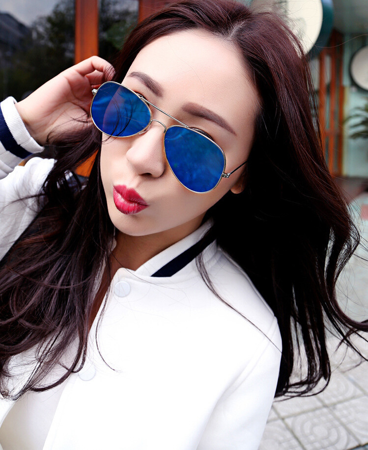 405d13421331 IMAKEFASHION Classic Style Flat Lens Sunglasses Men Sunglasses Vintage  Women Sunglasses Colorful Coating Mirror Lens JWW083-in Sunglasses from  Apparel ...