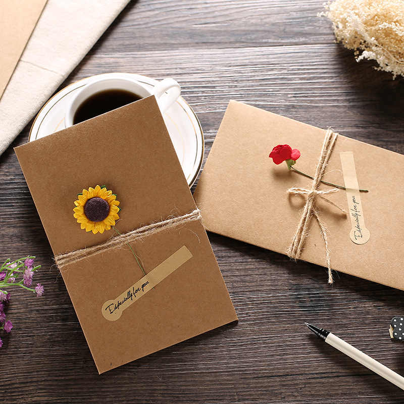 25Pcs/ Big Size DIY Kraft Paper Handmade Dry Flower Invitation Greeting Card with Envelope Christmas Wedding Favors Cards
