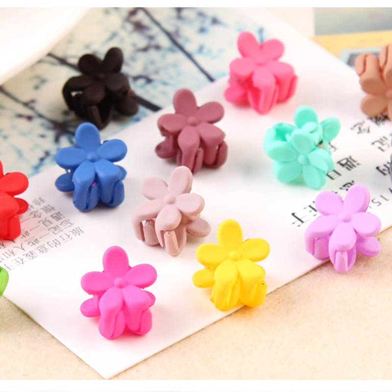 10PCS/Lot New Korean Fashion Girls Small Hair Claw Cute Candy Color Hair Clip Children Hairpin Hair Accessories Kids Present halloween party zombie skull skeleton hand bone claw hairpin punk hair clip for women girl hair accessories headwear 1 pcs