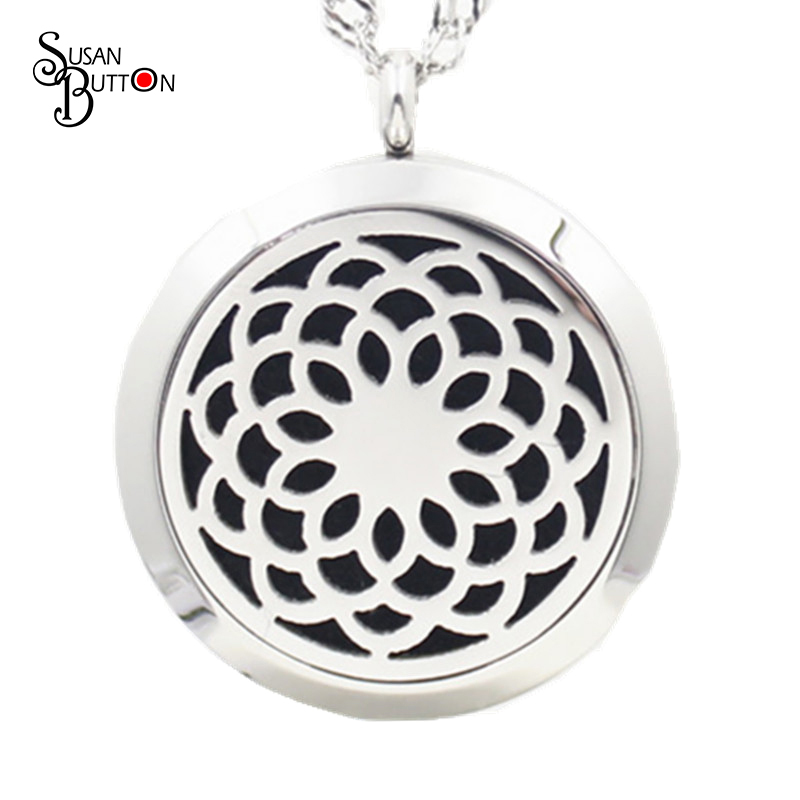 Chrysanthemum Perfume Locket 316L Stainless Steel Essential Oil Aromatherapy Diffuser Locket Pendant Necklace (Free Felt pads)