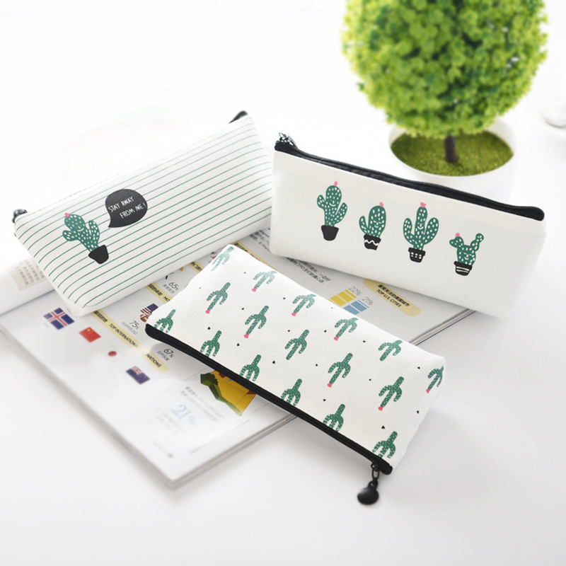eTya Travel Women Small Cosmetic Bag Makeup Case Storage Pouch Purse Organizer Pencil Make Up Cute Cactus printing Students bags