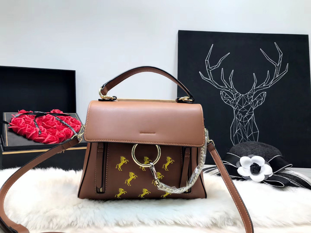 Behappy RX448 2018 New Women Luxury Handbag Fashion Brand Designer Ladies Shoulder Crossbody Bag Female Tote Messenger