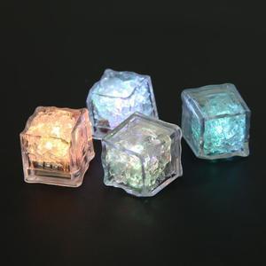 Image 5 - Led アイスキューブグローイングパーティーボールフラッシュライト発光ネオン結婚式フェスティバルクリスマスバーワインガラスの装飾用品 12 個
