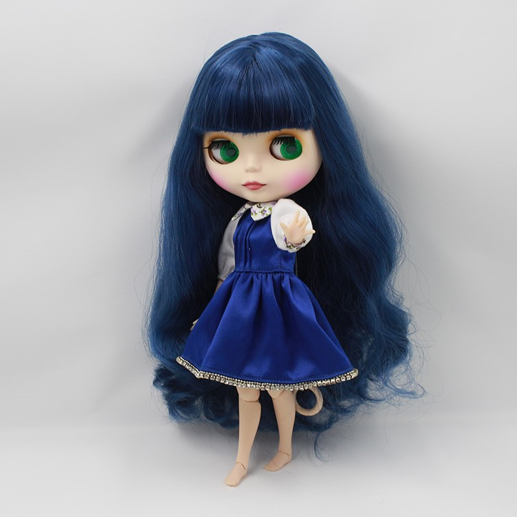 Neo Blythe Doll with Blue Hair, White Skin, Matte Face & Jointed Body 5