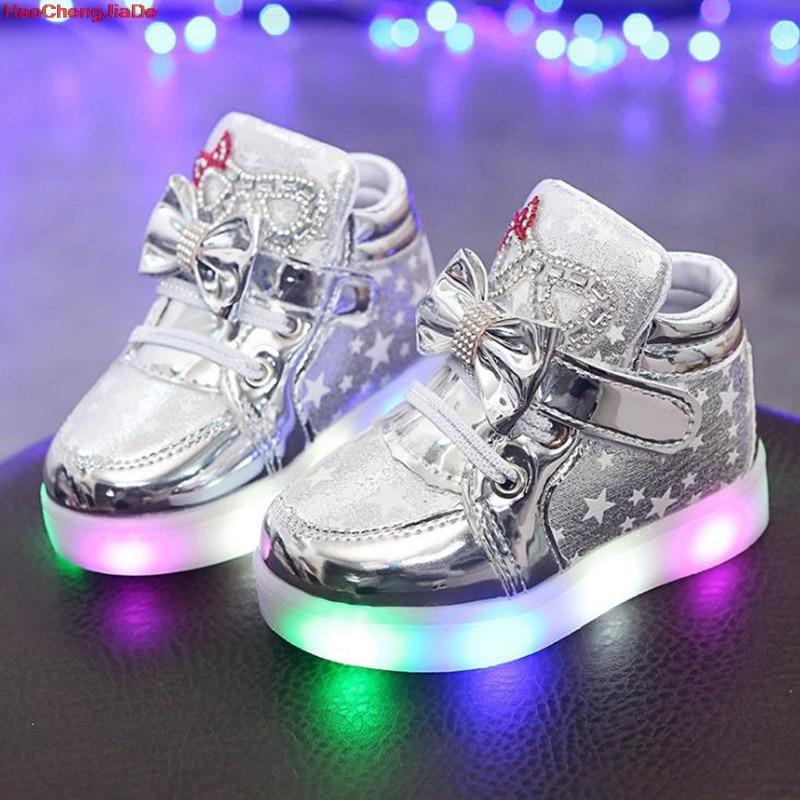 HaoChengJiaDe New Children Luminous Shoes Boys Running Girls Shoes Baby Flashing Lights Fashion Sneakers Toddler Kid LED Sneaker