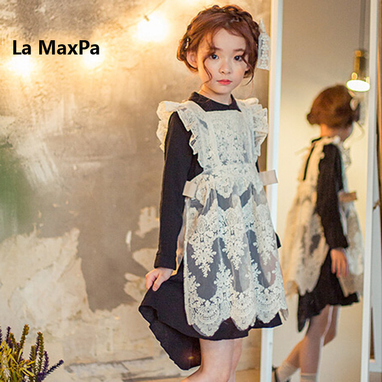 Retail 2018 New Kids Lace Flare Sleeve Dresses Princess Girls Dress Boutique Clothing 2-9yrs Girls apron set dress Hollow Lace retro lace panel fit and flare dress