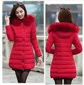Delgado mujeres chaqueta de algodón acolchado femenino medio-largo más tamaño chaqueta de invierno mujeres espesar ropa de abrigo de cuello de piel de las mujeres escudo
