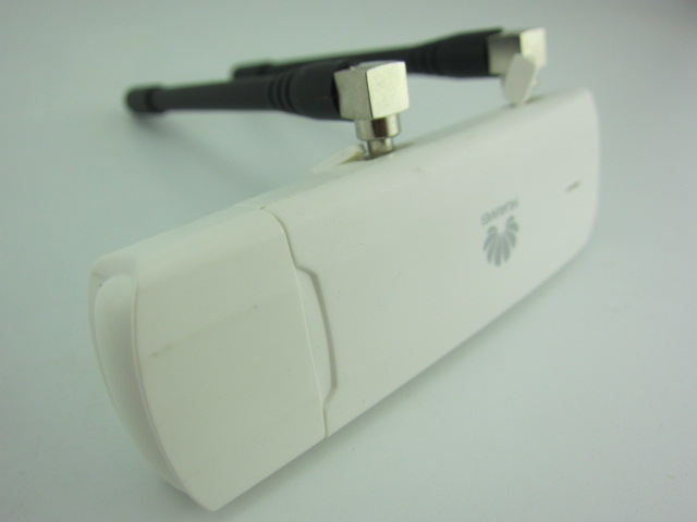HUAWEI E3272s-600 LTE MOBILE DONGLE plus 2pcs antenna
