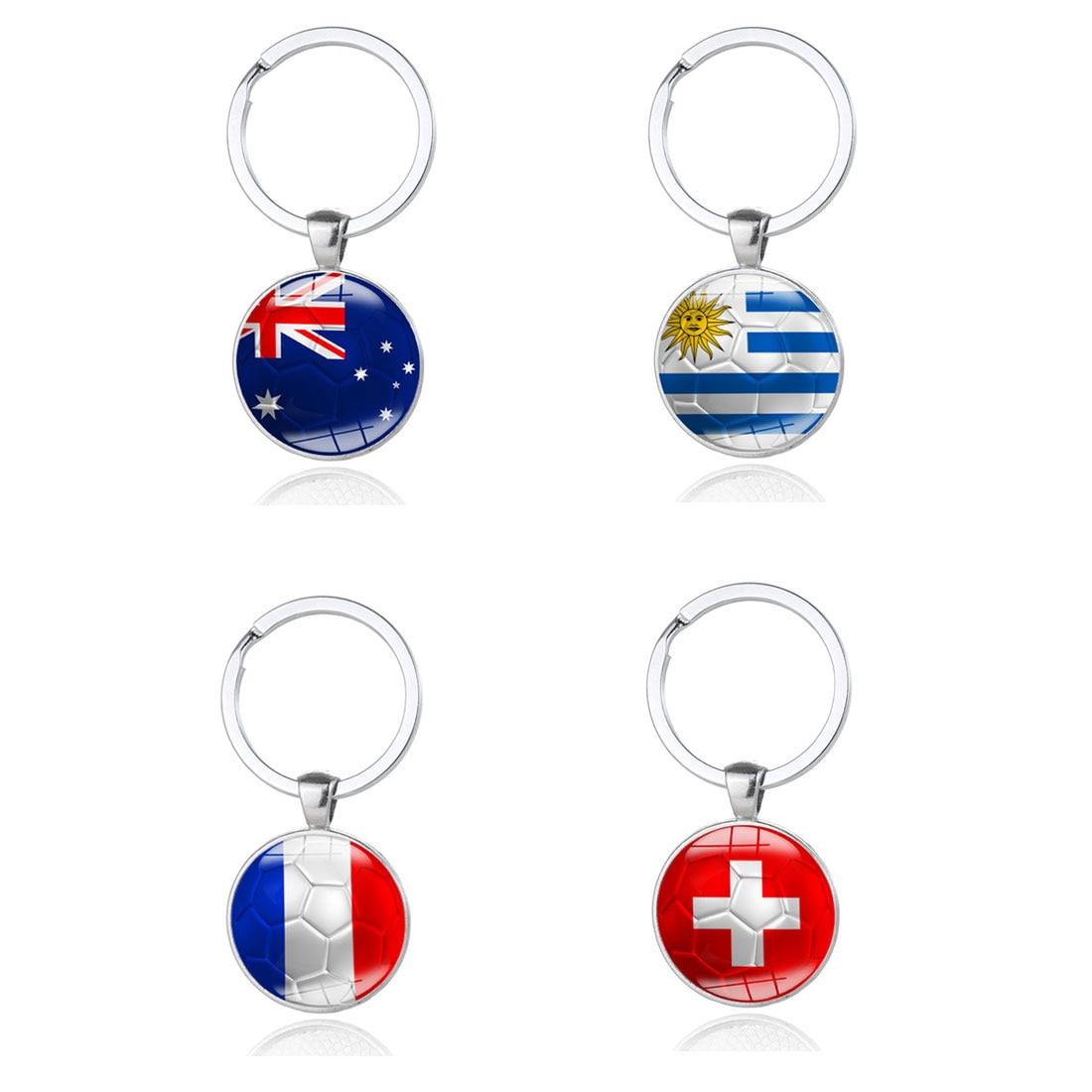 Football Keychains Key ring 32 Countries Peru Sweden Tunisia Senegal Soccer Key Chains Souvenir