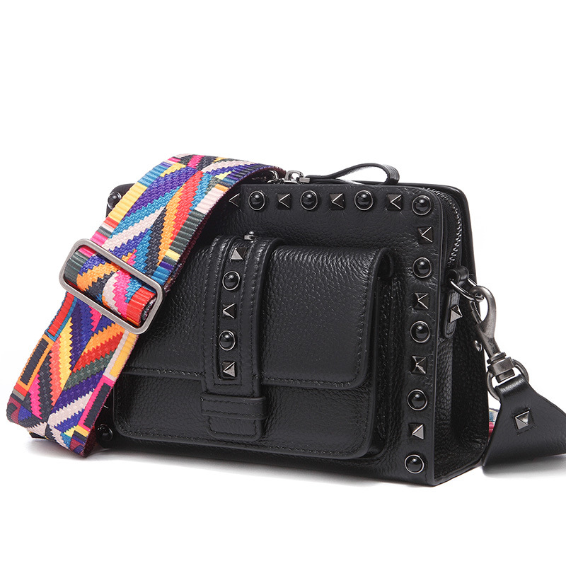 New Wide Shoulder Strap Korean Small Square Bag Fashion Rivet Ladies Bag Tide Handbag Retro Shoulder Diagonal Package 2017 new national wind aslant handbag embroidered flowers small square bag rivet shoulder bag