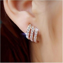 1 Pair Rose Gold Personality Stud Earrings for Women Wedding pair of stunning rose wedding earrings jewelry for women