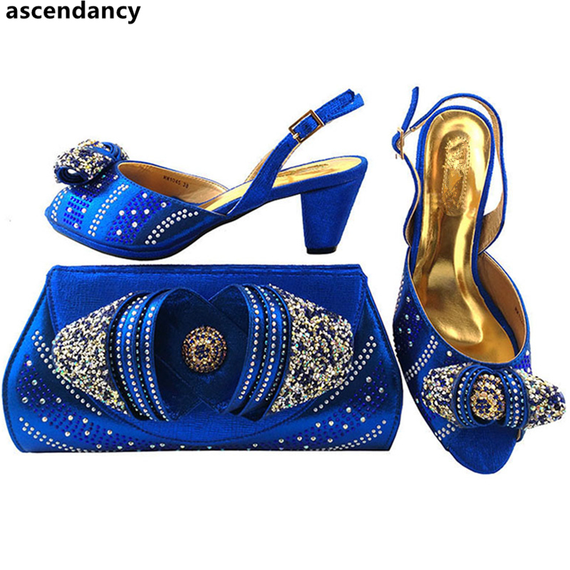Mariage Dernière Nigérian De Décoré Femmes bleu Conception Royal Avec Ensemble Et Partie Italiennes Dames Noir teal or Strass rouge pourpre peach Sac Chaussures 6g4Fqr6vw