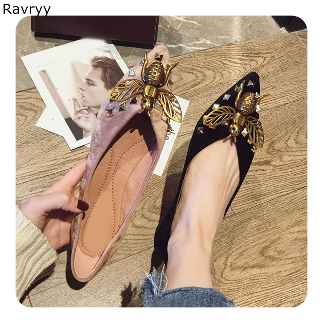 Chic bronze Bee Decor Woman shoes flats 2018 Pointed Toe slip-on female dress shoes V-shaped open design elegant casual shoes цена 2017