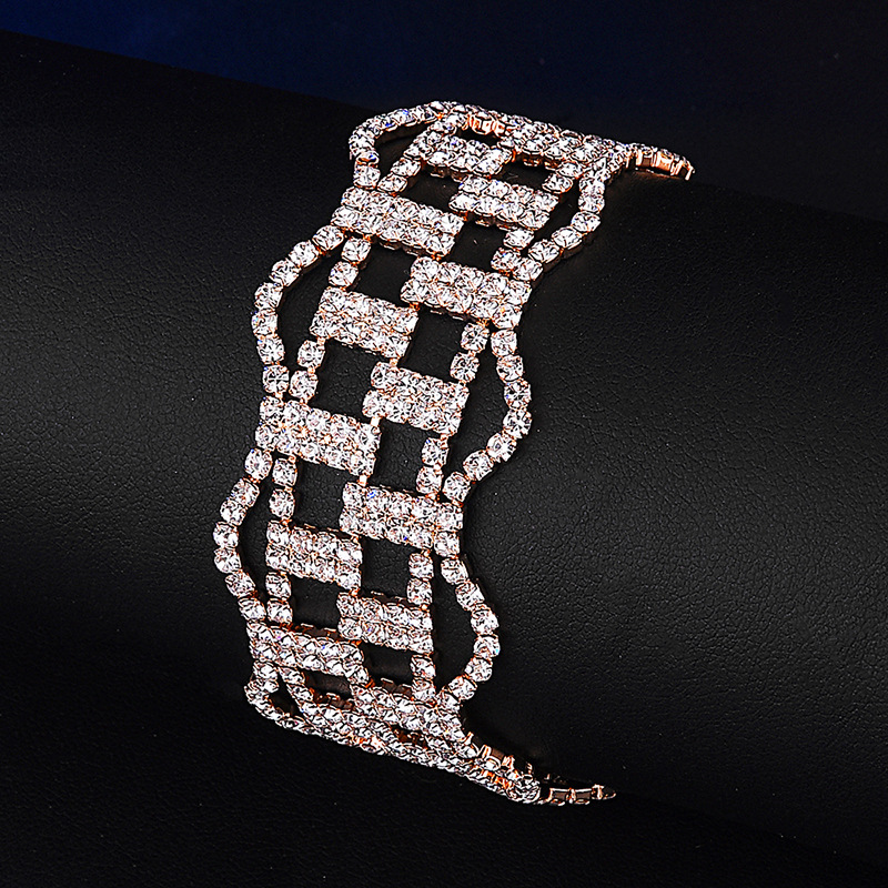 European and American hollowed-out claw chain bracelet copper plated rhinestone noble gas bracelet temperament bridal accessor