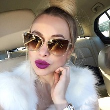 Oversized Sunglasses Women Fashion Cat Eye Sunglasses Vintage Brand Designer Hipster Cateye Sun Glasses Points Metal Frame