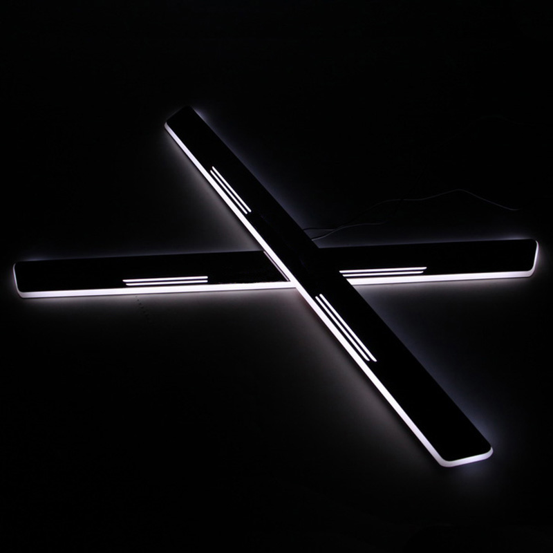 SNCN LED Car Scuff Plate Trim Pedal Door Sill Pathway Moving Welcome Light For Mercedes-Benz W204 C200 2008-2013 Badge Emblem