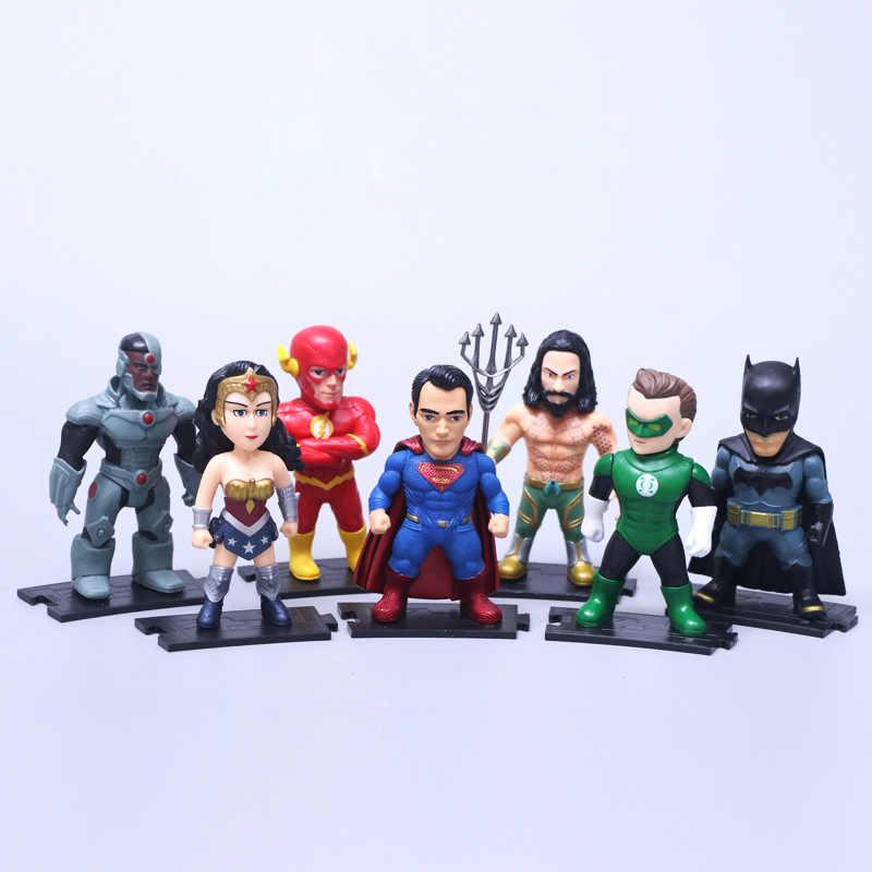 7 pçs/set Brinquedos de Super-heróis da DC Comics Superman Batman Mulher Maravilha O Flash Lanterna Verde Aquaman Cyborg PVC Figuras Brinquedos