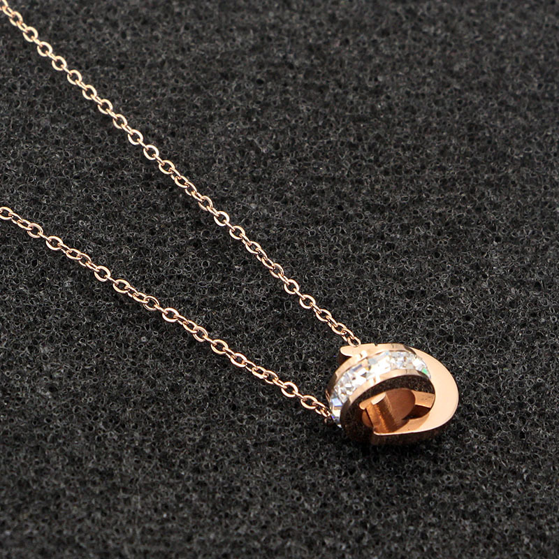 New D Letter And Crystal Annulus Interlocking Rose Gold Pendant Necklace 316 Stainless Steel High Polished Necklace For Women 4