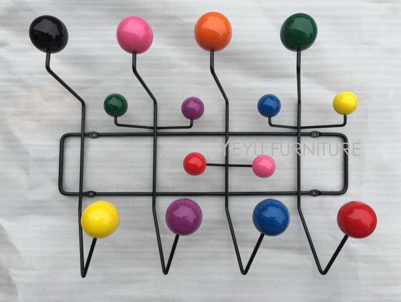 Design moderno Filo di Acciaio Nero multi Colore Palla di legno appendiabiti appendiabiti Gancio appendiabiti cappotto Palla Bella palla colorata gancio