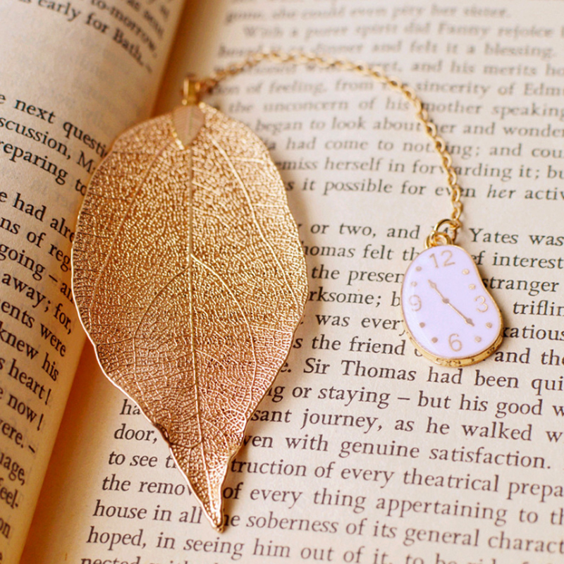 Lovely Girl Rabbit Eiffel Tower Bookmarks High-Grade Gold Color Leaf Texture Reading Pages Books Mark Student Stationery