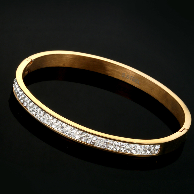 Luxury Gold -Plated Stainless Steel with CZ Stone Simple Style Love Bangle Bracelet BqeS0t