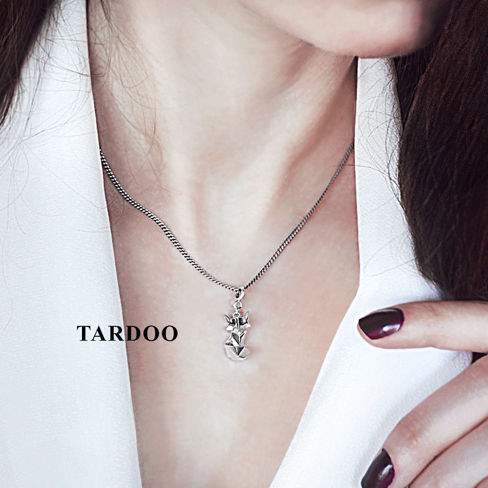 все цены на Tardoo Cute Fox Folding Anmial On Sale Necklaces & Pendants for Women 925 Sterling Silver Lovely Style Silver Jewellery онлайн