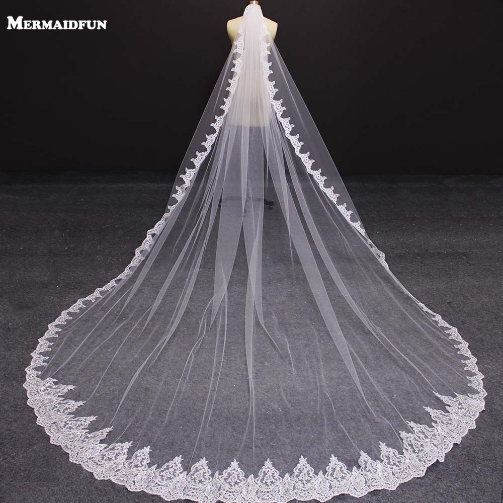 New One Layer 4 Meters Bling Sequins Lace Edge Luxury Long Wedding Veils With Comb High Quality White Ivory Bridal Veil 2019