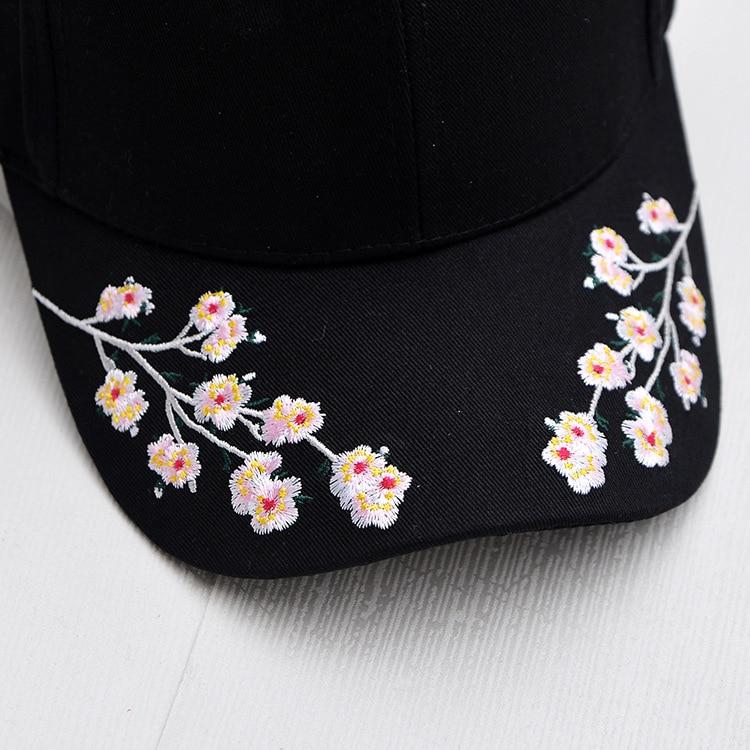 Gorras de béisbol de algodón para mujeres flor de ciruelo bordado Gorras  Planas Hip Hop Casual Snapback Gorras regalos en Gorras de béisbol de  Deportes y ... df5159d1380