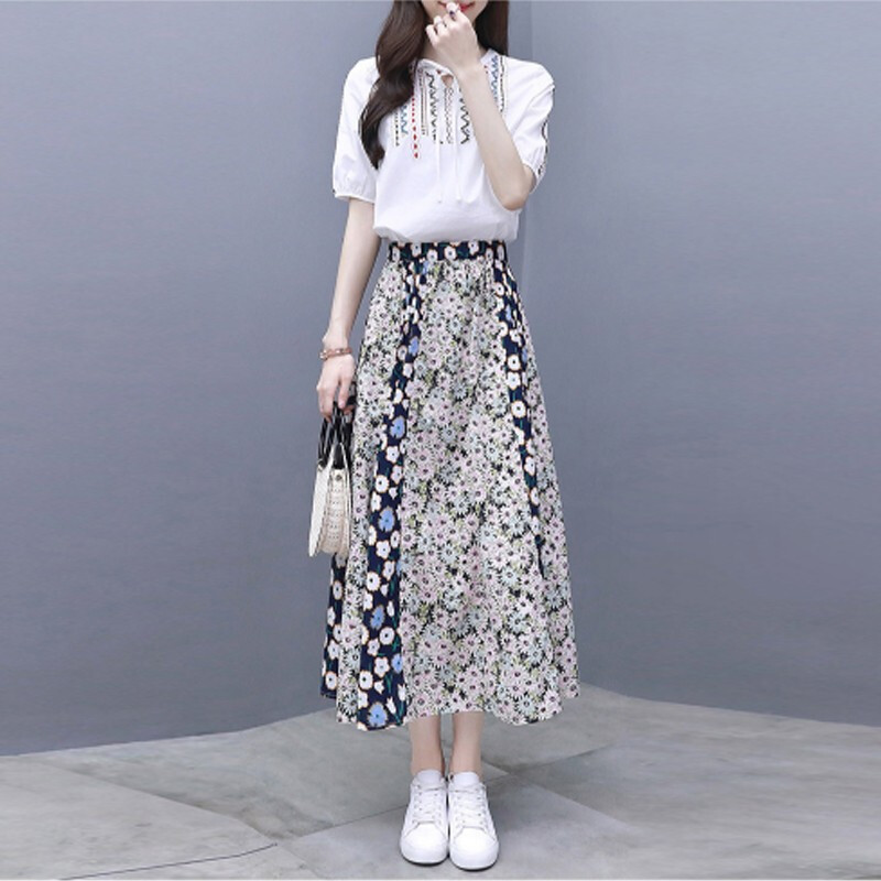 2019 Summer Two Piece Sets Women Embroidery Short Sleeve Tops And Printed Pleated A-line Skirt Suits Casual Elegant Fashion Sets 30