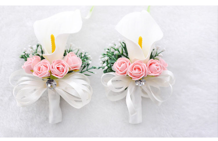 white wedding wrist corsage boutonnieres roses  (4)