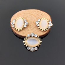 Craft Pearl Crystal Rhinestone Buttons Flower Round Cluster Flatback  Wedding Embellishment Jewelry Craft(China) 2297197e1d8b