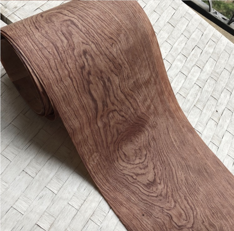Length:2.5Meters  Width:20 Thickness:0.2-0.25mm Natural African Pear Bark Wood Veneer