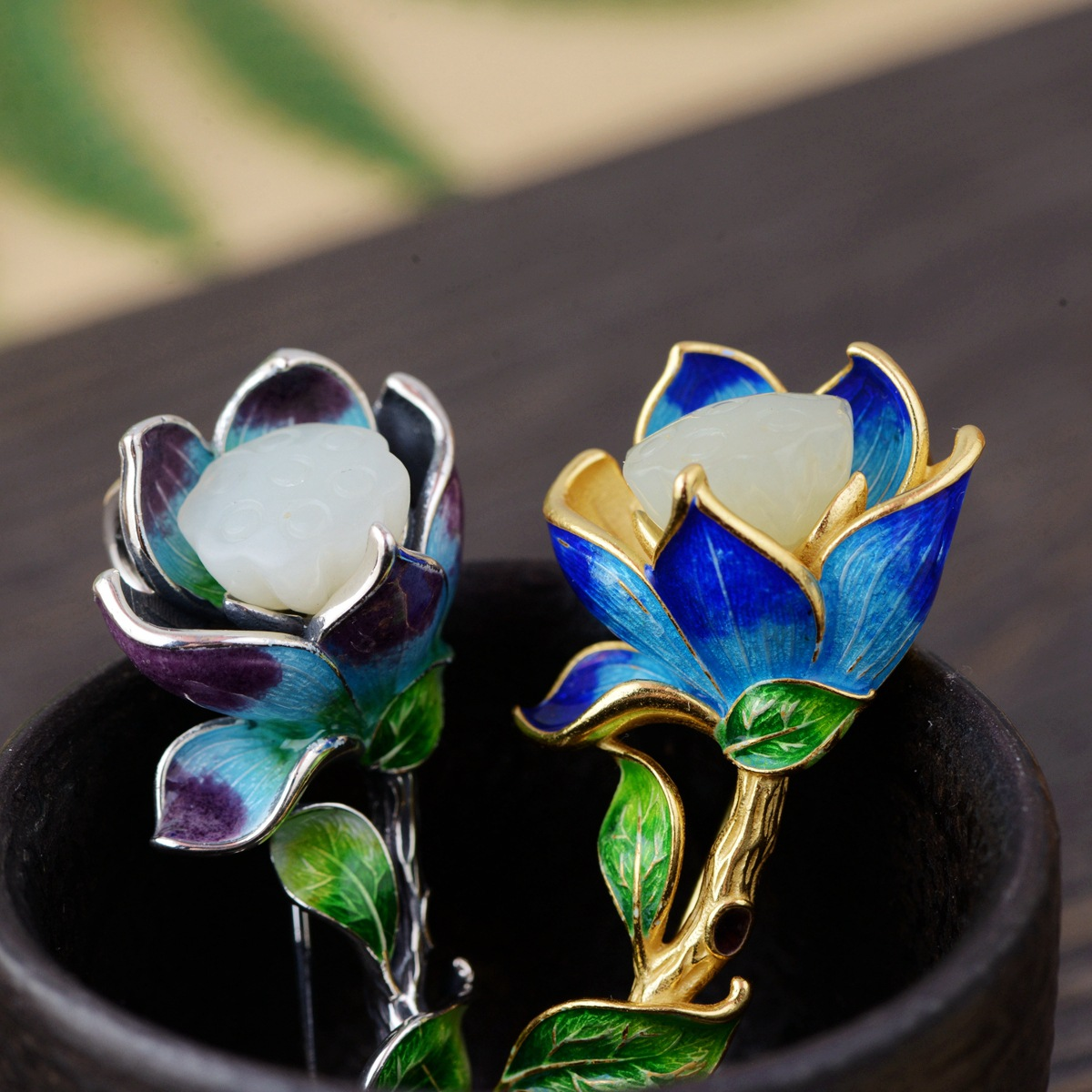 Thai Silver Lotus Brooch Pendant Hand Carved Flower Enamel Silver Brooches Flowers Vintage Chinese Style Pins Jewelry SBH0004