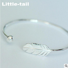 925 Stering Silver Bracelet Ladies Fsahion feather Bracelet openings sweet personality fashion retro leaf Bracelet Gift
