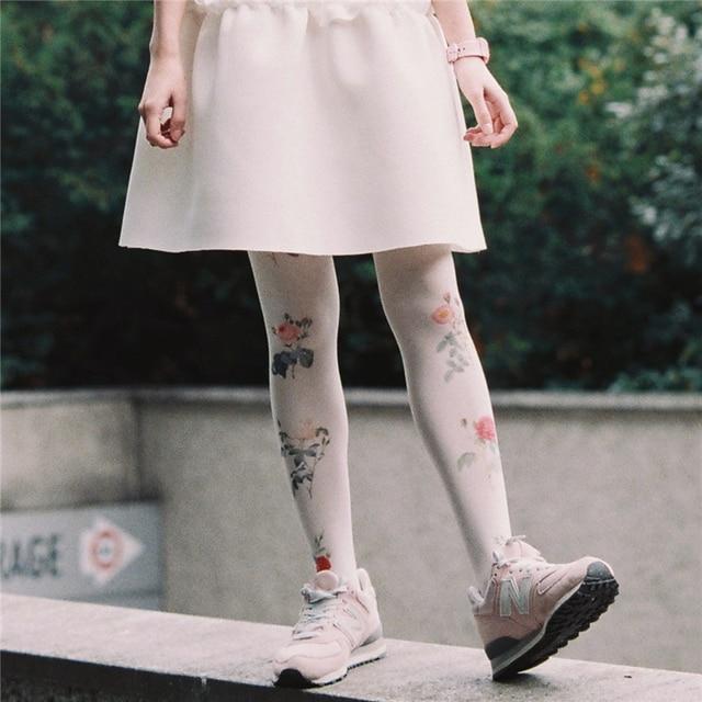 Princess sweet lolita pantyhose Original Japanese harajuku Retro sweet rose floral printed  pantyhoseLKW23