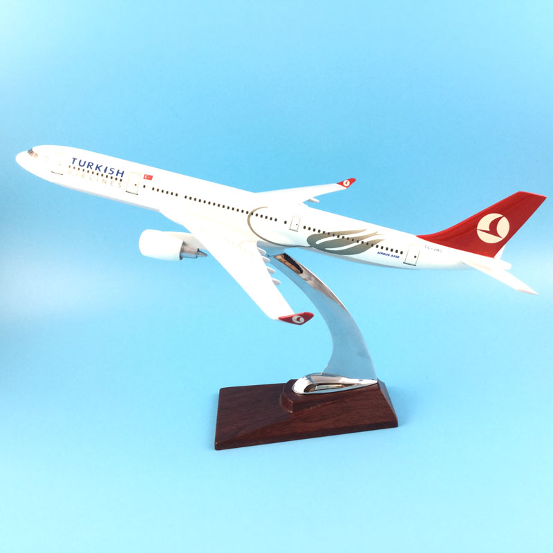 FREE SHIPPING 31CM TURKISH AIRLINES A330 METAL BASE RESIN MODEL PLANE AIRCRAFT MODEL TOY AIRPLANE BIRTHDAY GIFT new phoenix 11207 b777 300er pk gii 1 400 skyteam aviation indonesia commercial jetliners plane model hobby