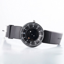 Plastic watches are not waterproof high-end quartz business electronic