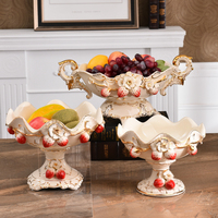 Creative Strawberry Europe ceramic fruit plate Candy Storage Snack dish home decor wedding decoration Fruit tray figurine gifts